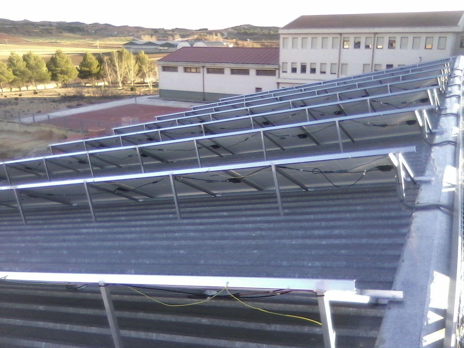 Dakota electrocuenca renovables for Instalacion fotovoltaica conectada a red